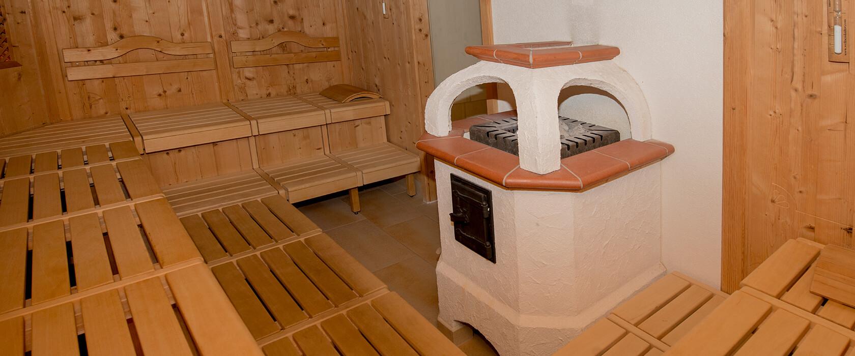 Saunalandschaft und Ruheraum im Hotel Via Salina am Haldensee
