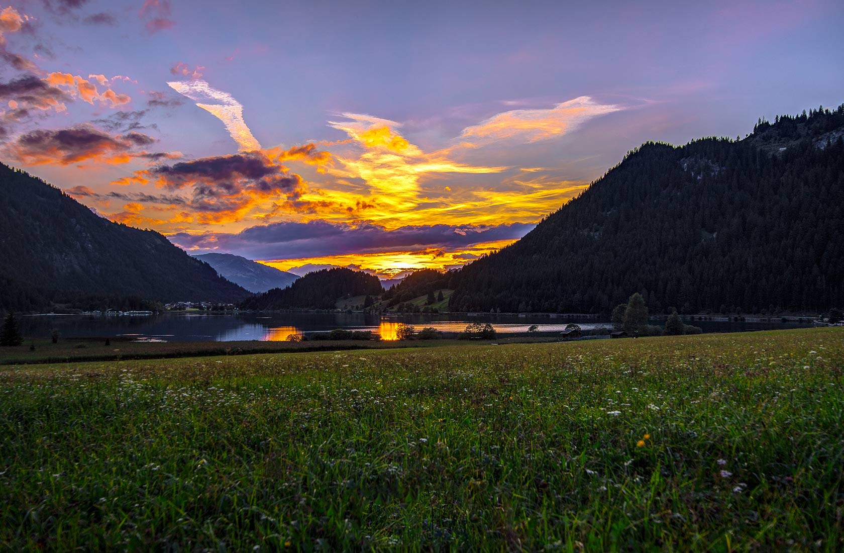 Der Haldensee als Ziel für den Urlaub in Tirol