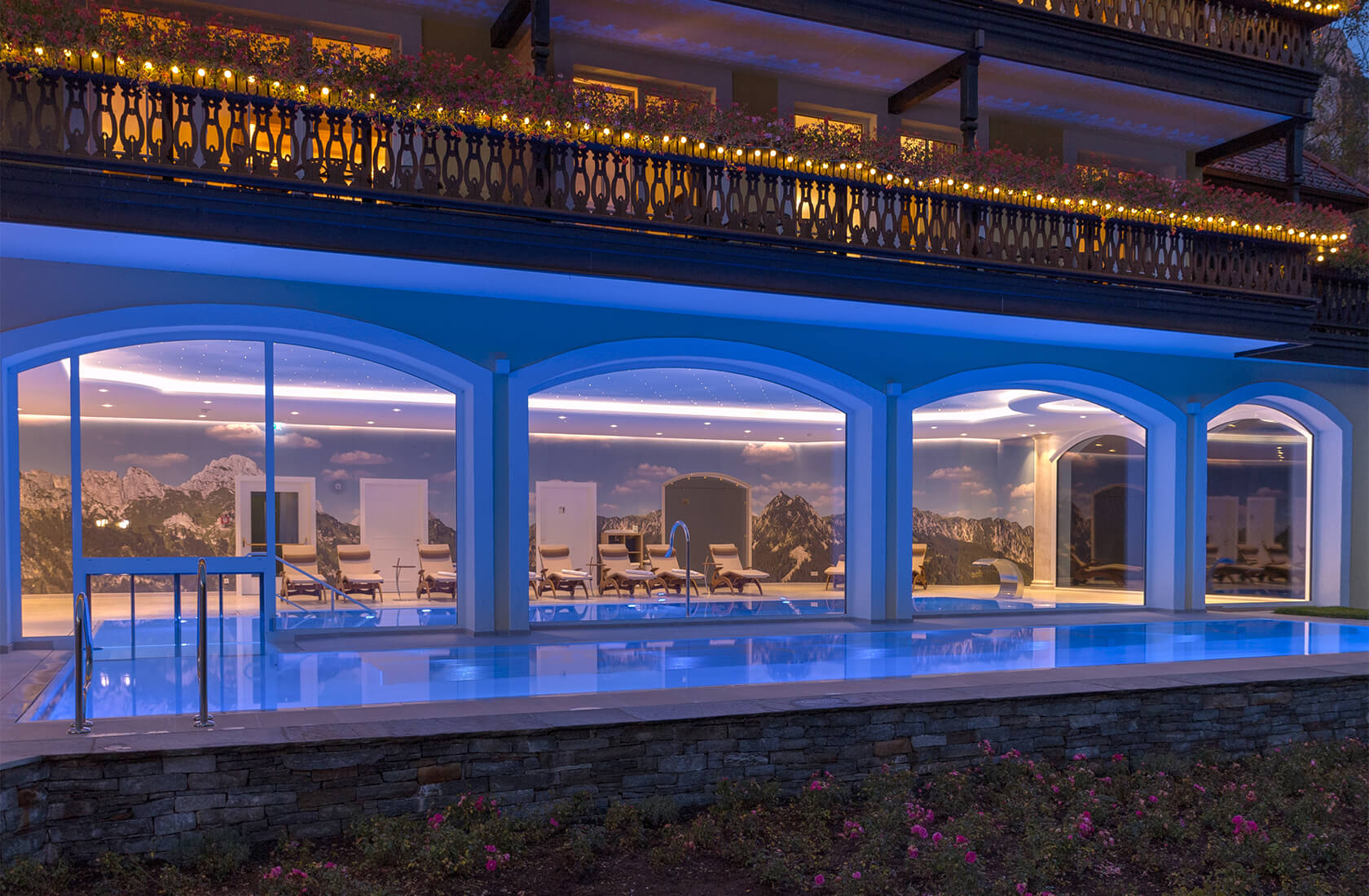 Innen und Außen Pool im Hotel Via Salina am Haldensee
