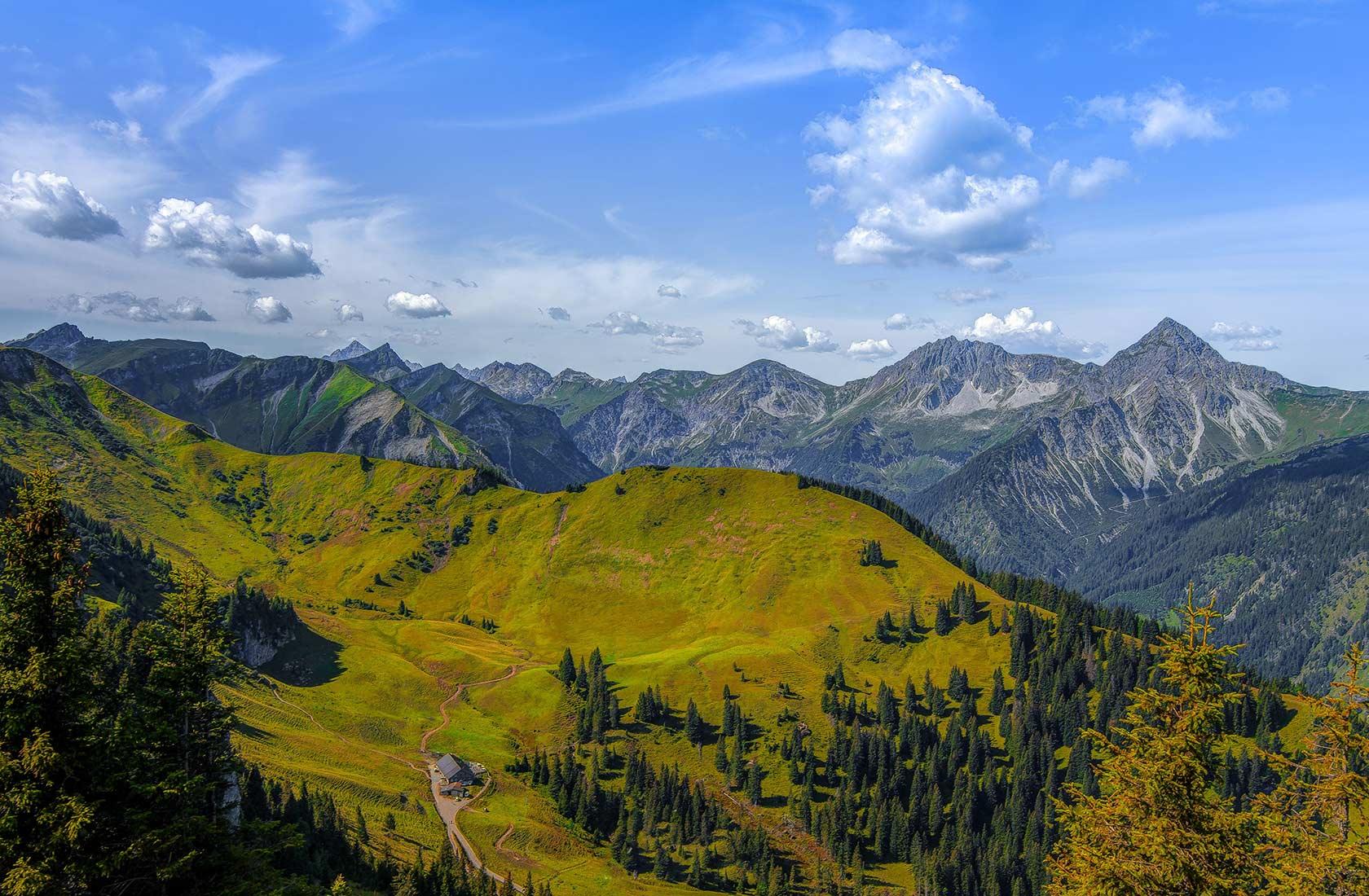 Berge und Bergbahnen im Tannheimer Tal