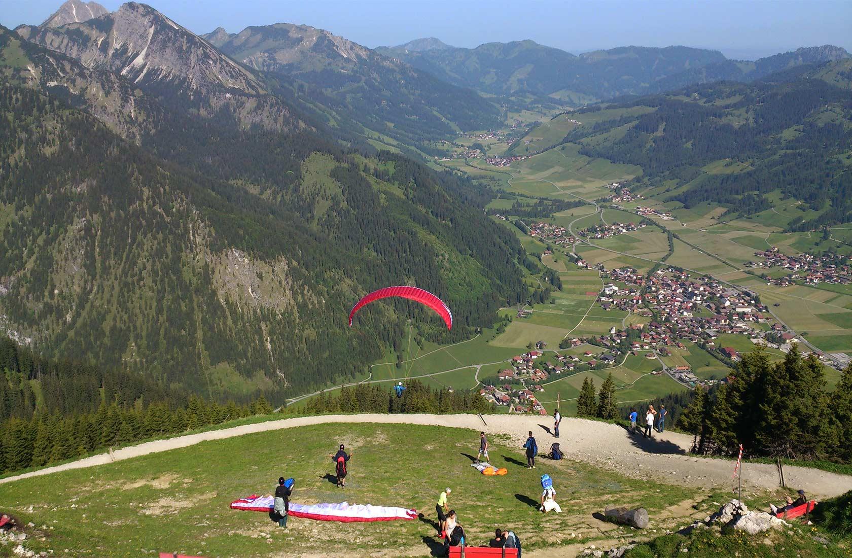 Paragliden im Urlaub im Tannheimer Tal