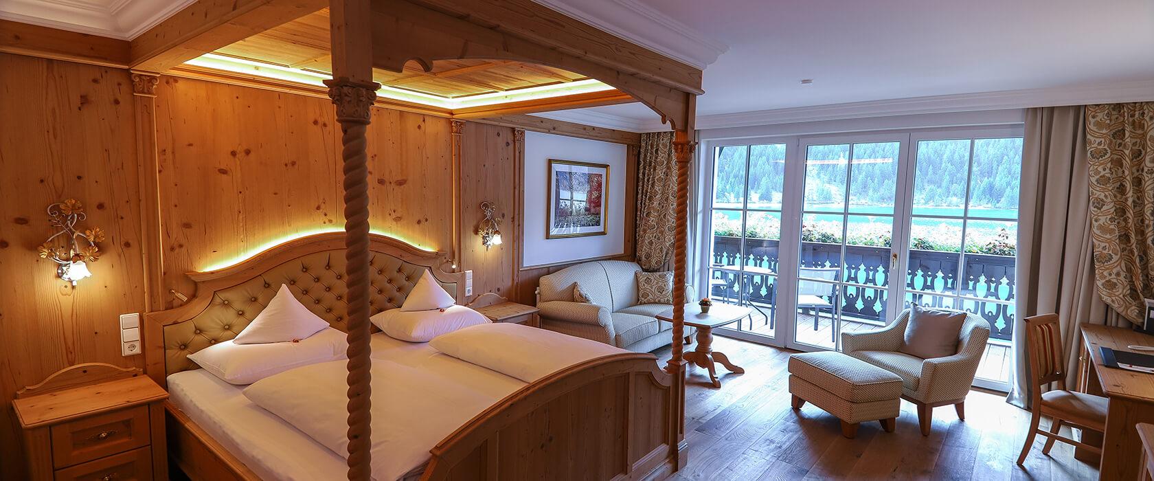 Dezenter Luxus im Seeblickzimmer Lago Deluxe - Hotel Via Salina