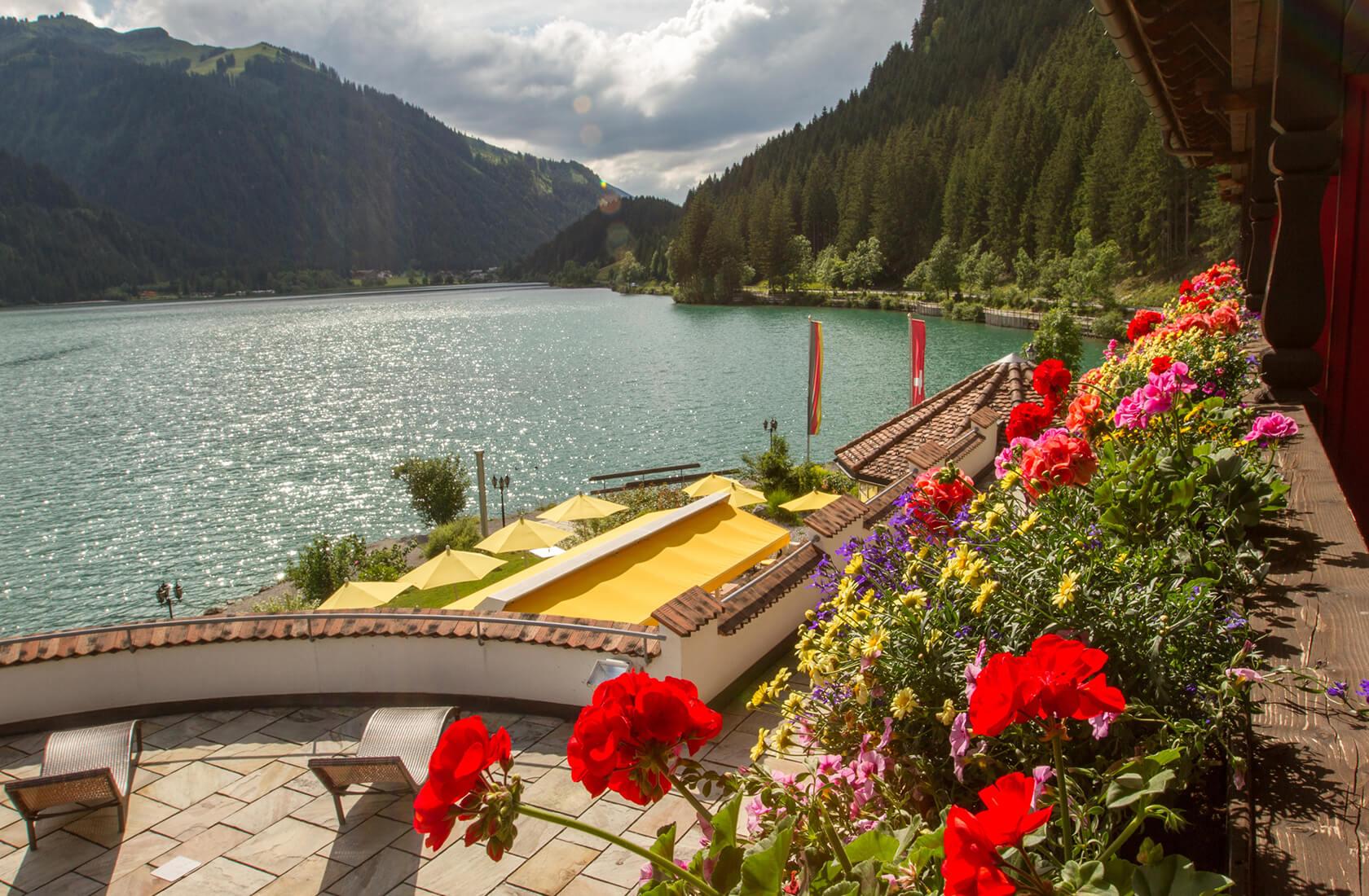 Doppelzimmer mit herrlichem Panorama - Seeblickzimmer Lago