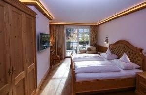 Standardzimmer Alpina mit Balkon