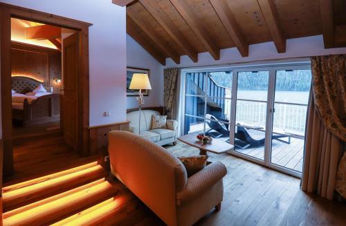 Berg und Seepanorama in der Suite Panorama - Hotel Via Salina